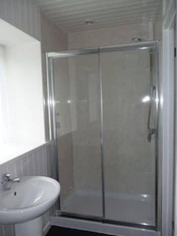 38912_448909_room-5-en-suite