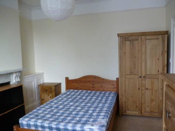 4015_324327_study-bedroom-1