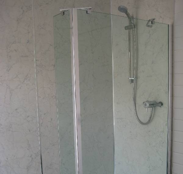 4016_141716_shower-room
