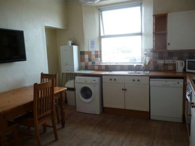 52-nre-kitchen-2a