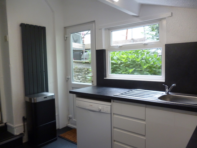 Kens Kitchen c 20