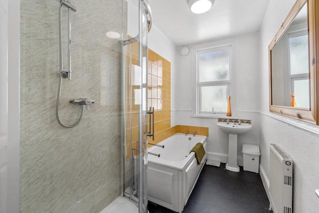 28 FPR Bath:Shower Room 2a